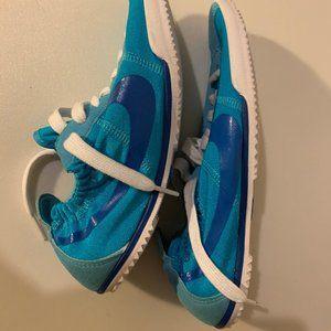 RARE Nike ladies Tenkay Low Size 7 NWOT